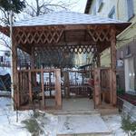 Было дело, и зимой такое строили :)