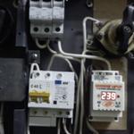 Замена автоматов, установка реле напряжения и диф. автомата.