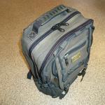 Ремонт рюкзака - рюкзак после ремонта. Заменены 2 молнии и ручка для переноски. Стоимость 250 грн.