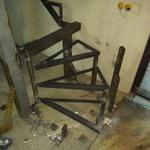 Изготовление лестницы, монтаж винтовых ступеней.