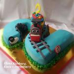 Торт в форме двоечки.