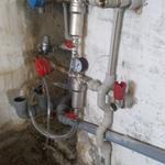 Разводка водоснабжения, канализация, установка счётчиков х/в, фильтров х/в, на кухне