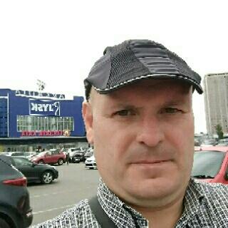 Руслан Валентинович