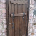 Изготовление дверей под старину.