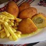 Котлеты по-Киевски с картошкой фри