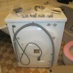 Установка стиральных и посудомоечных машин.