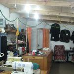 Мастер по пошиву и ремонту одежды.