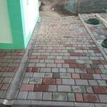 Укладка тротуарної плитки, установка бордюрів, бетонних заборів