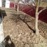 Очистка огорода от сорняков и вскопка